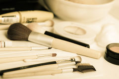 Escovas e cosméticos da composição Imagem de Stock Royalty Free