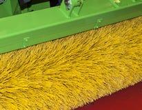 Escove limpando a rua Imagem de Stock