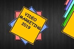 Escrevendo a exibição 'mercado video 2019 'da nota fotografia de stock royalty free