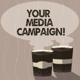 Escrevendo a nota que mostra sua campanha dos meios Esforço de mercado apresentando da foto do negócio para reforçar a assistênci ilustração stock