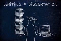Escrever uma dissertação, gradua-se guardando livros e portátil com d Fotos de Stock