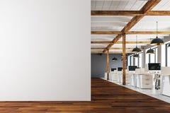 Escritório coworking moderno com espaço da cópia Imagens de Stock Royalty Free