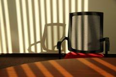 Escritório no por do sol foto de stock