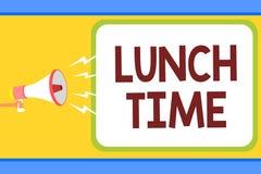 Escrita conceptual da mão que mostra o tempo do almoço Refeição do texto da foto do negócio no meio do dia após o café da manhã e ilustração stock