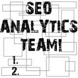 Escrita conceptual da mão que mostra Seo Analytics Team Exibição do texto da foto do negócio que faz o processo que afeta a Web e ilustração stock