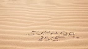 Escrita 2015 do verão na areia Imagens de Stock Royalty Free
