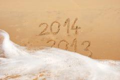 Escrita na areia Imagens de Stock