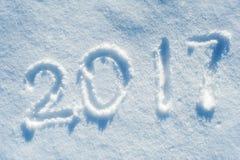 2017 escrito en el rastro 02 de la nieve Imagen de archivo libre de regalías
