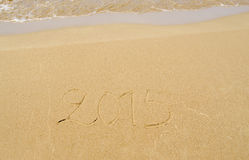 2015 escrito en la arena Imagen de archivo