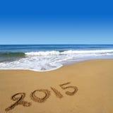2015 escrito en la playa Imágenes de archivo libres de regalías