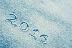 2016 escrito en una nieve 2 Imagen de archivo libre de regalías