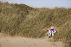 Escritor da praia fotos de stock