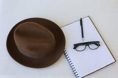 Escritor del sombrero de Fedora Imagenes de archivo