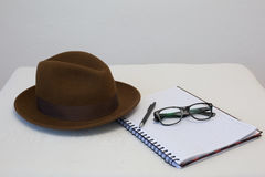 Escritor del sombrero de Fedora Foto de archivo