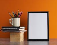 Escritorio con el espacio en blanco Imagenes de archivo