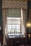 Escritorio de la ventana en la casa de Osborne Imagen de archivo