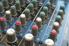 Escritorio de mezcla audio Imagen de archivo libre de regalías
