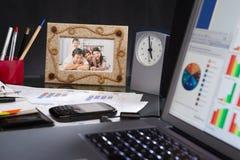 Escritorio de oficina Fotografía de archivo libre de regalías