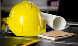 Escritorio de oficina de Construction del ingeniero imagen de archivo