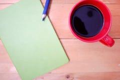 Escritorio de oficina de madera del top Fotos de archivo libres de regalías