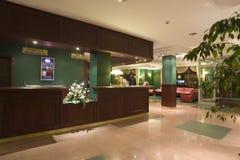 Escritorio de recepción del hotel Imagen de archivo libre de regalías