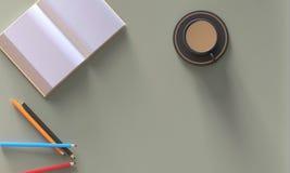 Escritorio del espacio de trabajo con el libro abierto, lápiz, café en la tabla Imagen de archivo