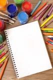 Escritorio del libro de escuela Foto de archivo libre de regalías