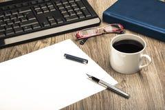 Escritorio del lugar de trabajo del negocio Imagenes de archivo