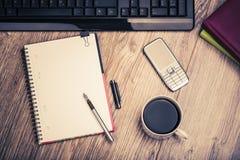 Escritorio del lugar de trabajo del negocio Foto de archivo