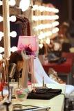 Escritorio del maquillaje en sitio entre bastidores Fotografía de archivo libre de regalías