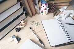 Escritorio del ` s del estudiante el días de fiesta del ` s del Año Nuevo Imagen de archivo libre de regalías