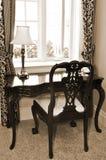 Escritorio y silla antiguos Fotografía de archivo libre de regalías