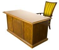Escritorio y silla de oficina de negocios viejo aislados Imágenes de archivo libres de regalías
