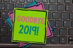 Escritura adiós 2019 del texto de la escritura Papeles de la transición de Eve Milestone Last Month Celebration del Año Nuevo del imagenes de archivo