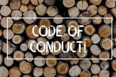 Escritura conceptual de la mano que muestra código de conducta El texto de la foto del negocio sigue principios y los estándares  imagen de archivo libre de regalías