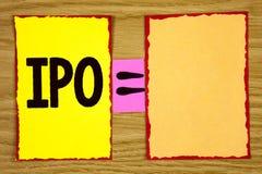 Escritura conceptual de la mano que muestra Ipo La acción de la primera vez de la oferta pública inicial del texto de la foto del Fotos de archivo libres de regalías