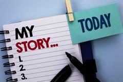 Escritura conceptual de la mano que muestra mi historia Cartera del perfil de la historia personal del logro de la biografía del  fotografía de archivo