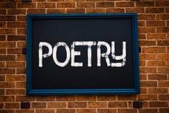 Escritura conceptual de la mano que muestra poesía Foto del negocio que muestra la expresión del trabajo literario de las ideas d foto de archivo libre de regalías