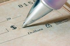 Escritura de cheques Imagen de archivo