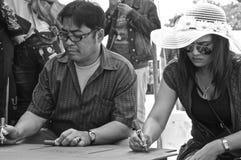 Escritura de deseos del budista Foto de archivo libre de regalías