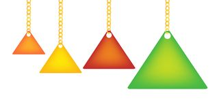 Escritura de la etiqueta del triángulo que sostiene encendido un encadenamiento de Goldenl Imagenes de archivo