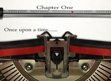 Escritura de la historia de la máquina de escribir Foto de archivo libre de regalías
