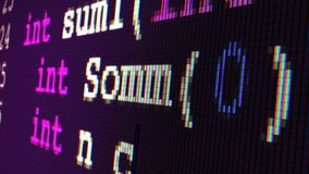 Escritura del código de C++ (cercana para arriba en una pantalla de TFT) almacen de metraje de vídeo