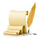 Escritura del papel en blanco con la pluma vieja de la pluma de la tinta Imágenes de archivo libres de regalías