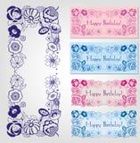 Escrituras de la etiqueta del feliz cumpleaños con el marco floral Foto de archivo