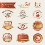 Escrituras de la etiqueta y elementos del restaurante