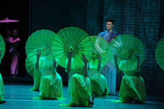 Escuche la lluvia consiguen el acto de la inspiración- en segundo lugar de los eventos del drama-Shawan de la danza del pasado Imagenes de archivo