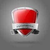 Escudo brillante realista rojo en blanco de la protección con Imagenes de archivo