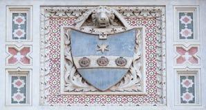 Escudo de armas de familias prominentes, Florence Cathedral foto de archivo libre de regalías