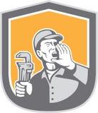 Escudo de Shouting Holding Wrench del fontanero retro libre illustration